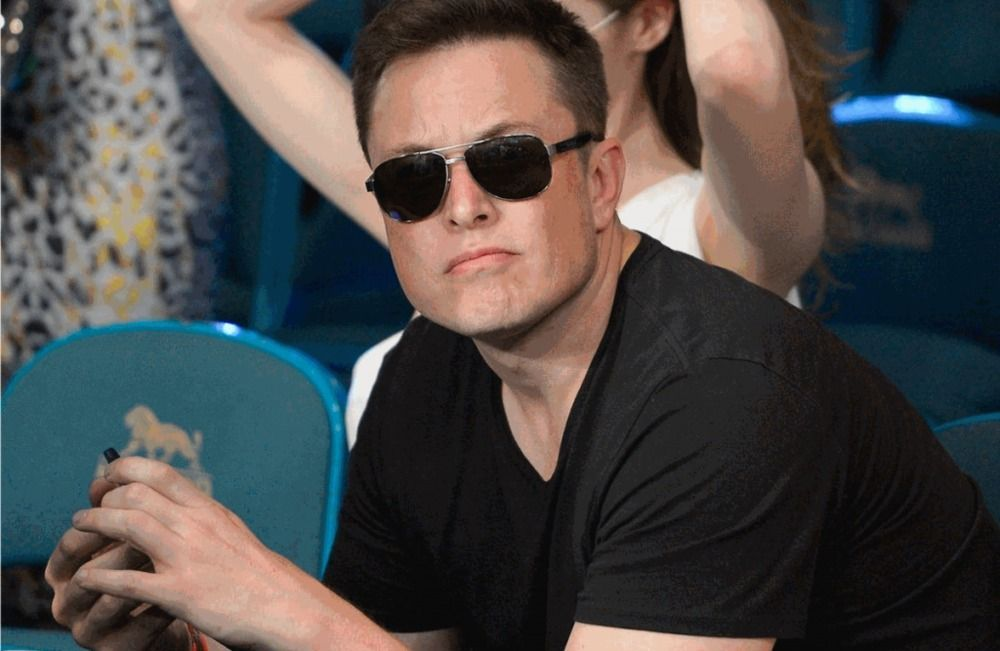 Elon Musk becomes the seventh richest billionaire in the world