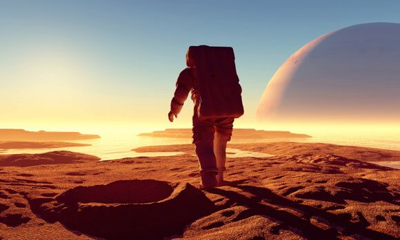 http://cdn.singularityhub.com/wp-content/uploads/2014/10/space-exploration-extinction-insurance-1.jpg